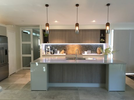 Sydney kitchens bathrooms skb fairfield east kitchen for Custom made kitchens sydney